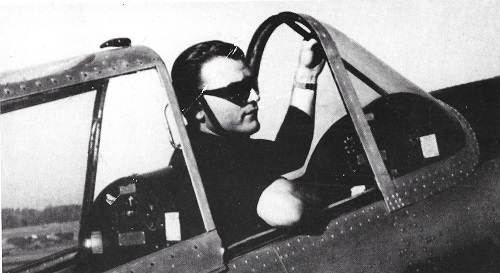 Osmar Maderna in the plane